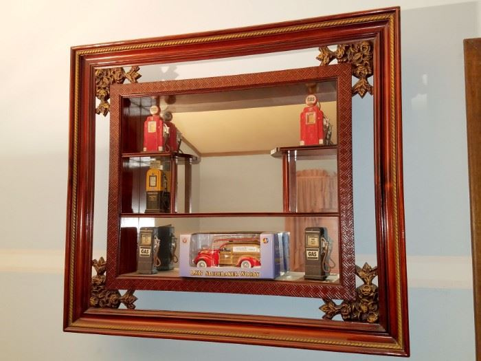Vintage mirrored shelving unit