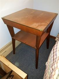 Mid-mod two tier side table
