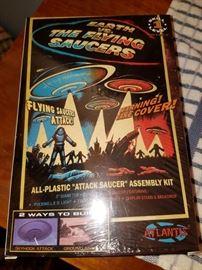 Atlantis flying saucer