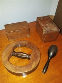 Antique sewing equipment (wood puzzle folding box and more)