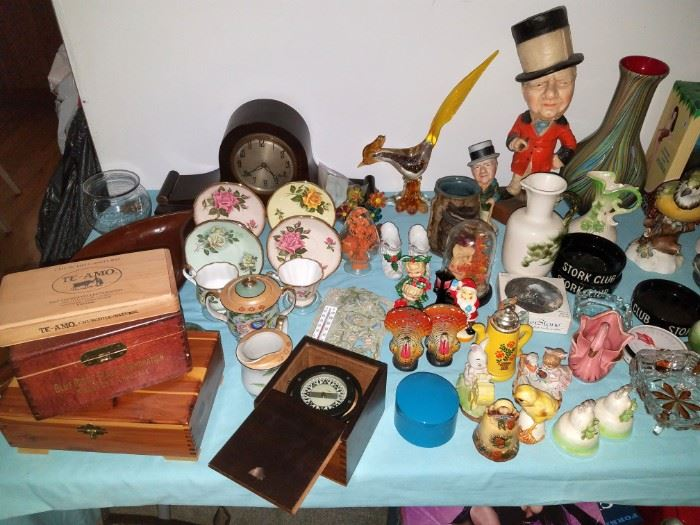 Decor and collectibles...