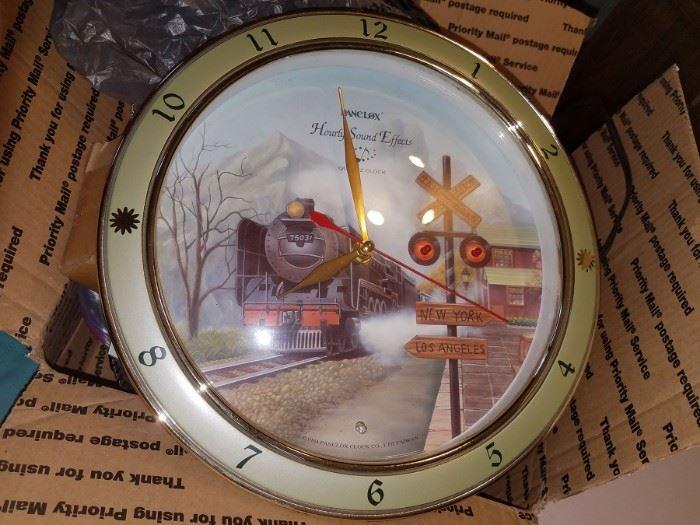 Danclox Hourly sound effects train clock