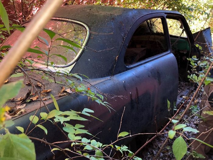 A '51 Ford - needs just a bit of TLC (and digging out!)