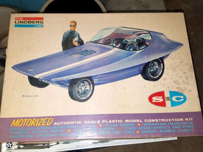 Vintage Lindberg Line  model car