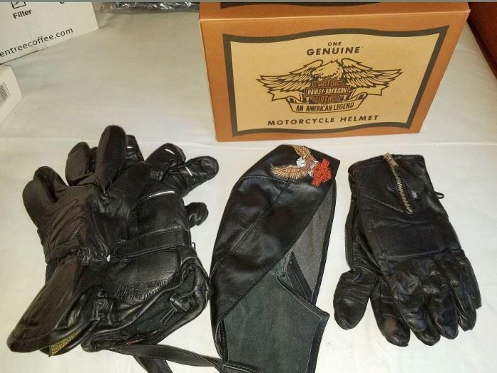 Harley Davidson gloves, helmet and cap
