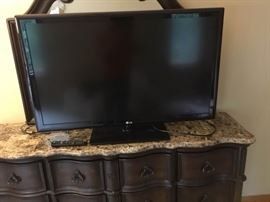 47 LG Flatscreen TV