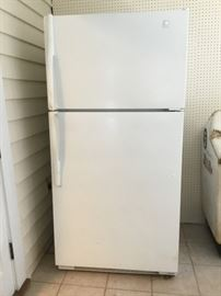 Maytag Dual Cool https://ctbids.com/#!/description/share/46344