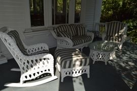 White Wicker Patio Set