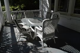 White Wicker Patio Table w/Chairs