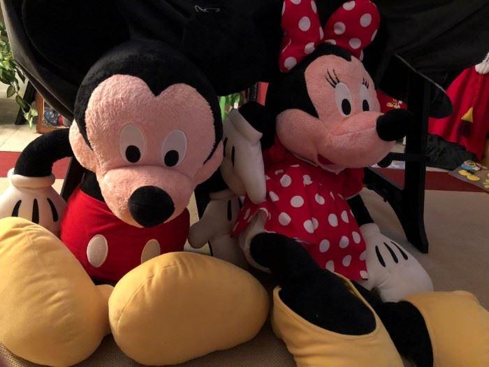 Large stuffed Mickey and Minnie