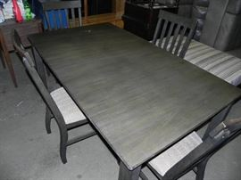 Gorgeous grey wood table w 4 chairs