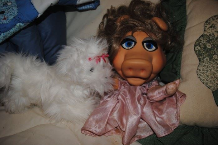 Miss Piggy puppet from the 70s