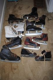 Vintage ice skates - 2 pair of Canadian Flyers