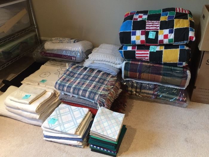 Gently used linens