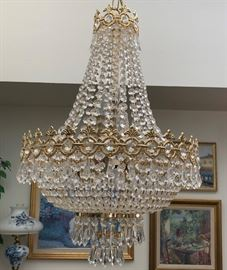 Chandelier (if you are interested in purchasing please be prepared to take it down yourself and the ceiling is VERY  high)