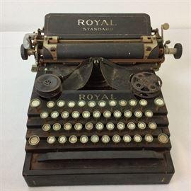 Royal Standard Typewriter.