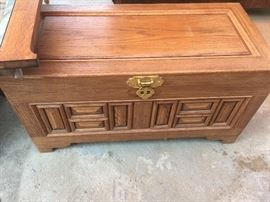 Very nice smaller size chest.  In very good to great condition!!