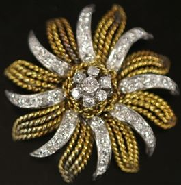 LADY'S DIAMOND 14KT GOLD BROOCH, 31.1 GRAMS