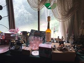 Nice selection of glass  and collectibles