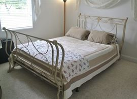 Distressed look iron sleigh bed, beige color