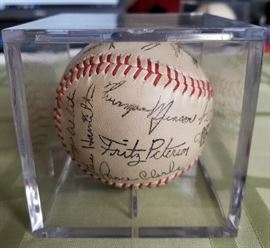1969 Yankees Team Autographed ball contains pre Rookie Thurman Munson signature