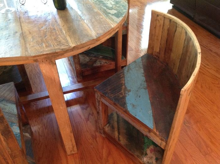 Chairs with the Barrel Table