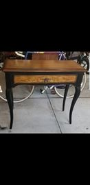 2 decorative tables