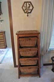 WICKER BIN TABLE