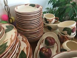Franciscanware - apple pattern