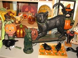 Vintage Halloween & harvest season decor, black cat, pumpkins