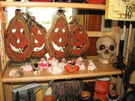 Vintage Halloween & harvest season decor