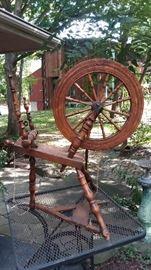 Primitive spinning wheel
