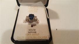Sapphire and diamond 18K white gold ring