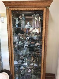 1 of 2 BEAUTUIFUL display cabinets