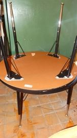 1 2 round top tables