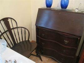 Very nice vintage desk