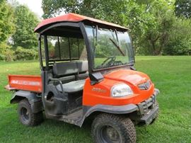 Kubota 2005 RTV 900 power steering 4x4 HYD Dump box heated cab removable doors 1616 hrs