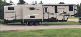 2017 Keystone RV Montana High Country Fifth Wheel Series M-340 BH Many upgrades, Still smells new!
