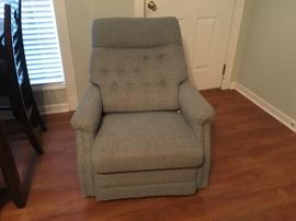 La-Z-boy rocker recliner - cloth