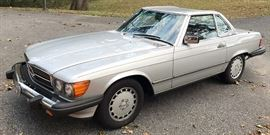 AT 8PM: 1988 Mercedes-Benz 560 SL Convertible with 84,541 Miles; Fully Loaded; V8 Engine; Garage Kept, etc. VIN: WDBBA48D3JA079548. See listing details for auto terms.