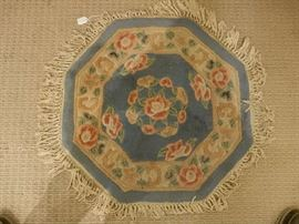 """26"""" DIA. RUG AND SEVERAL OTHER SIZE MATCHING AREA RUGS"""