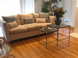 Kreiss sofa