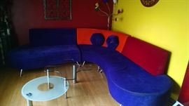 **ULTRA MODERN** MID -CENTURY KIDNEY-SHAPED  COUCH......COOL COLORS !!!