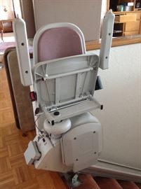 Acorn Stairlift with Remote Control.  Works Great!