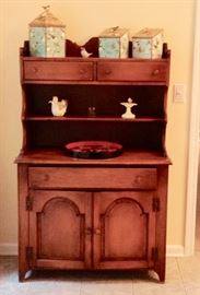 Small Antique Maple Hutch in Great Condition