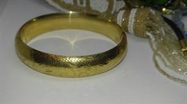 14kt Gold antique bracelet