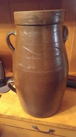 Two-handle decorated jug town Pottery as is