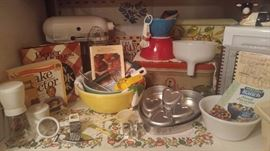 Pyrex kitchen aide mixer & more. Dorothy's passion was in the kitchen and cooking and you can tell because this house has the most amazing kitchen collectibles from way back