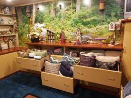 throw pillows and bird houses