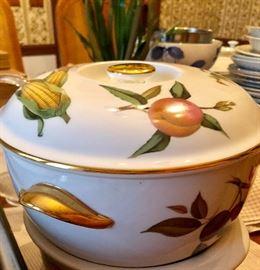 Royal Worcester Casserole Dish